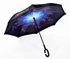 מטריה הפוכה-שמיים כחולים